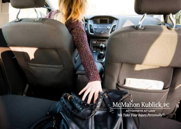 distracted driving accident attorneys syracuse ny